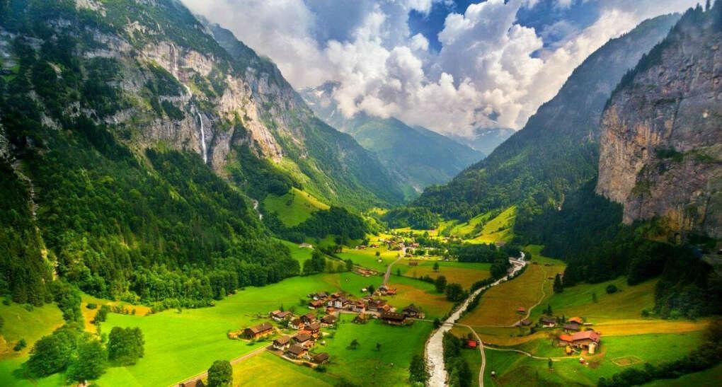 Швейцария (Альпы, село Лаутербруннен)