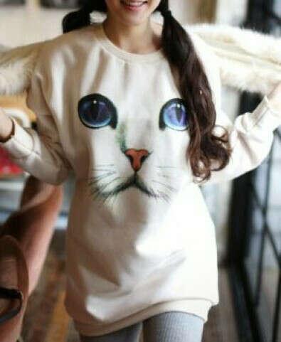 Длинный свитер с кошечкой