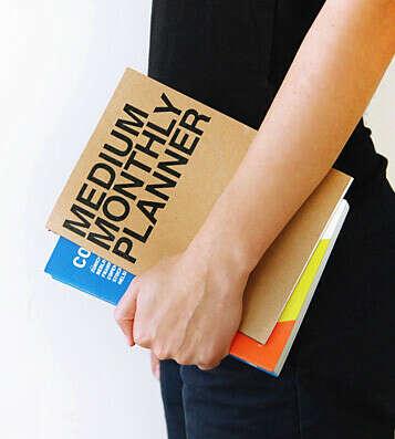 Планинг Medium Monthly Planner