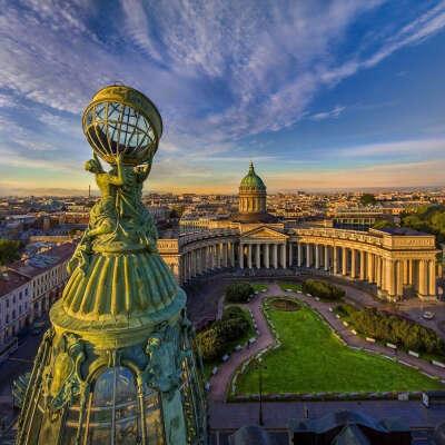Купить квартиру и переехать на ПМЖ в Санкт-Петербург