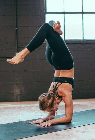 абонемент на йогу