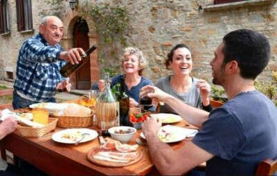 Подружиться с итальянской семьей