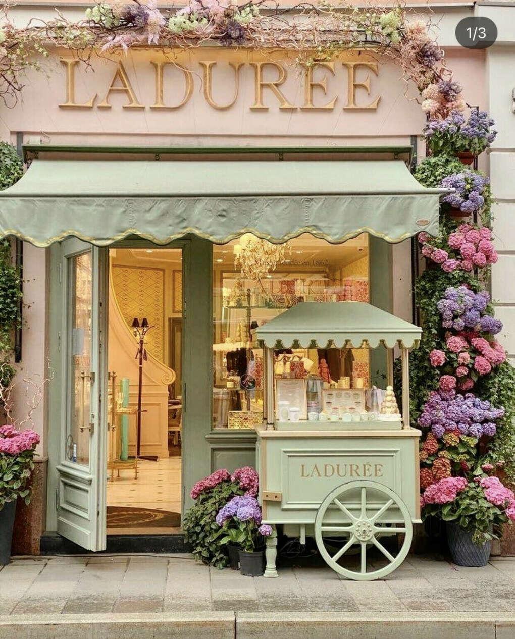 """Завтрак в """"Laduree"""", Paris, 🇫🇷"""