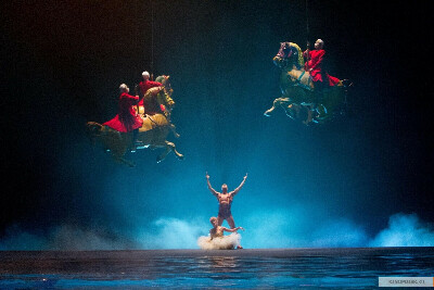 посетить Cirque du Soleil