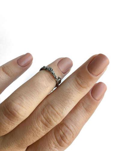 """Срібні Прикраси ⚪️ SIL' wear on Instagram: """"Срібний перстень на фалангу з колекції античних прикрас ▫️Фактурна поверхня ▫️Срібло з почорненням ▫️Розмір 14 ▫️Ціна 300 грн…"""""""