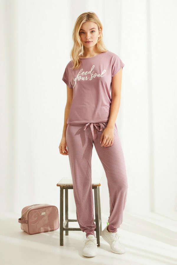 Длинная пижама с короткими рукавами из невероятно мягкого трикотажа розового цвета