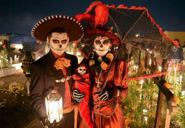 Побывать на Дне мертвых в Мексике