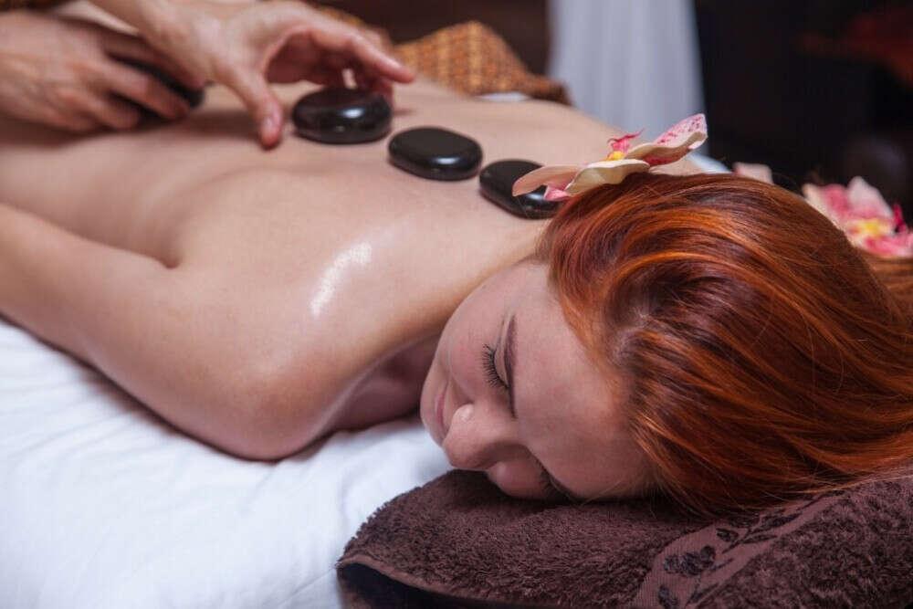 Стоун массаж