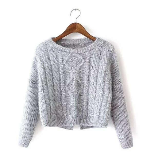 Вязаный короткий свитер