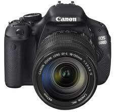 Зеркальная фотокамера Canon EOS 600d