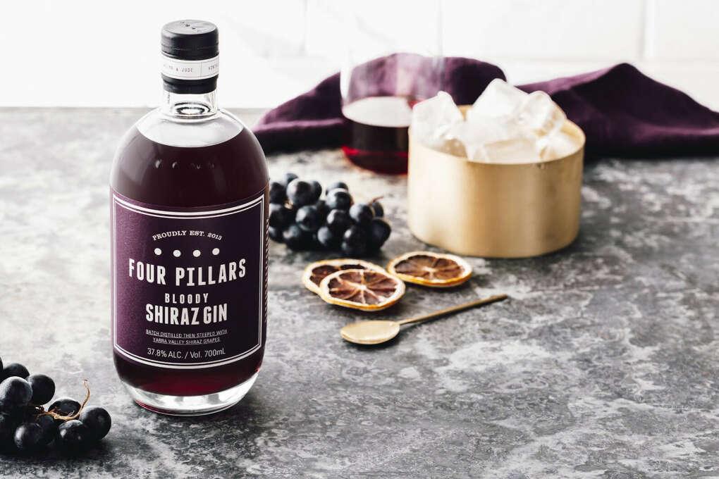 Джин на винограде Bloody Shiraz Gin