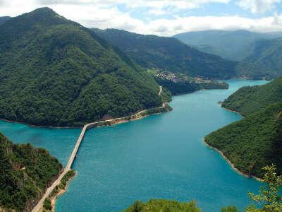 В Черногорию