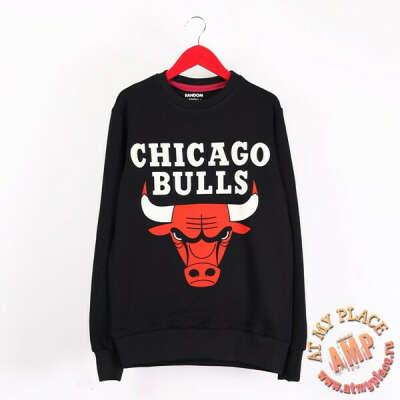 Черная толстовка-свитшот Chicago Bulls