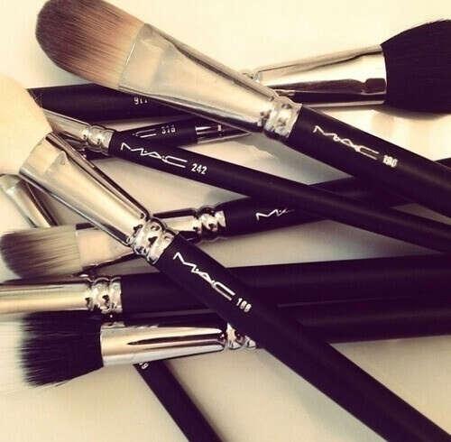 Make up brushes