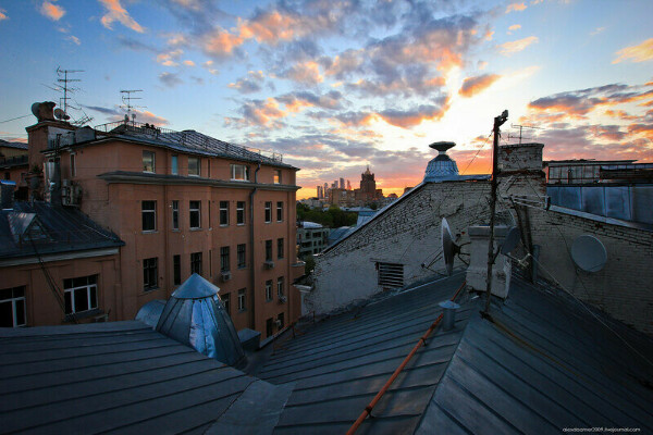 Встречать закат на московских крышах
