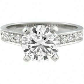Подарить маме кольцо с блиллиантом