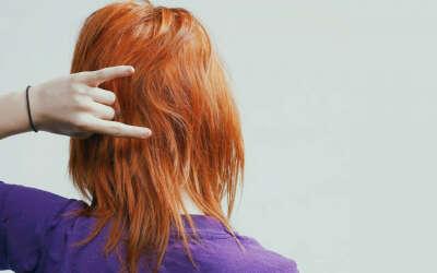 Покрасить волосы в рыжий цвет