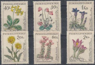 Марки почтовые. Флора, цветы.