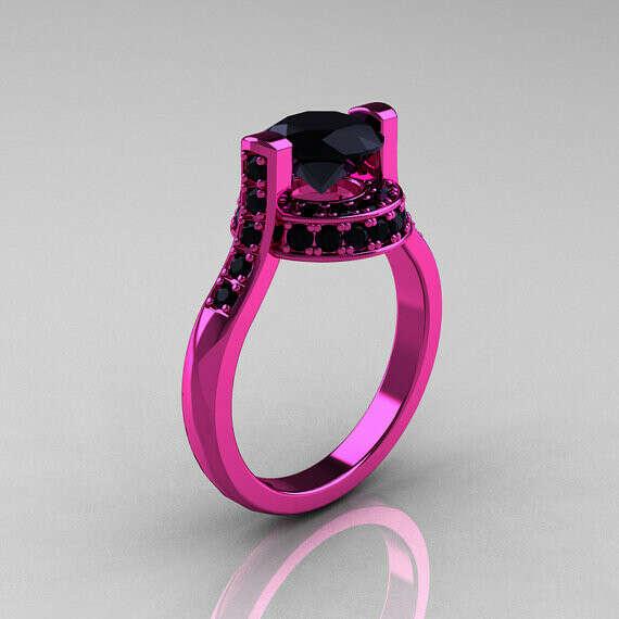 Кольцо из малинового золота с чёрным бриллиантом