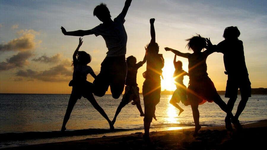 Хочу на море с друзьями!!