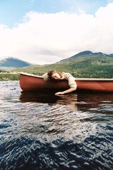 Поплавать на лодке