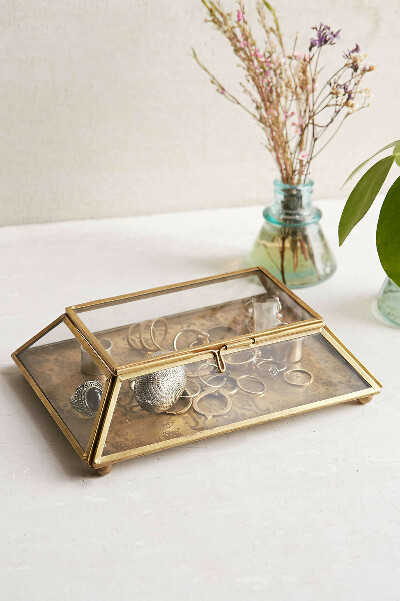 Magical Thinking Etched Medallion Box - Urban Outfitters