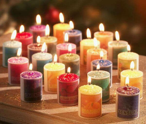 Много-много ароматических свечей!