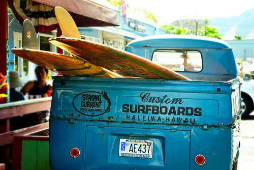 купить билет в один конец на остров, где только океан, солнце, серфинг и йога!