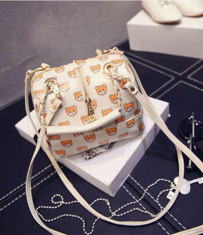 Маленькая сумка с мишками