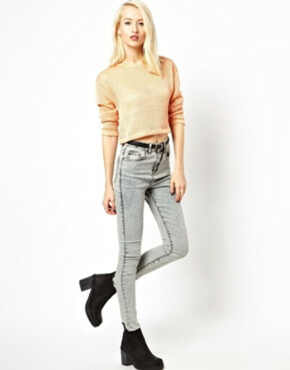 Мраморные зауженные джинсы с высокой посадкой ASOS Uber