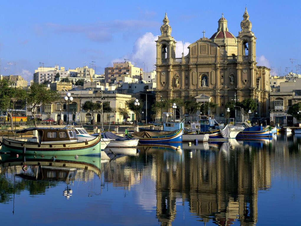 На Мальту