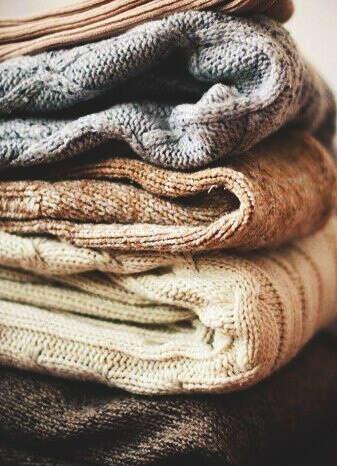 Много мягких свитерков