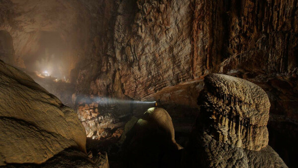 Посетить пещеру Шондонг. Вьетнам