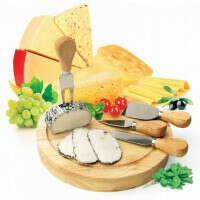 """Набор для резки сыра из 4-х приборов и деревянной доски """"Рокфор"""""""