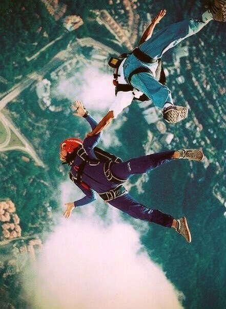 Хочу прыгнуть с парашютом.