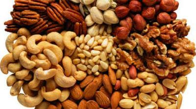 Много разных орехов