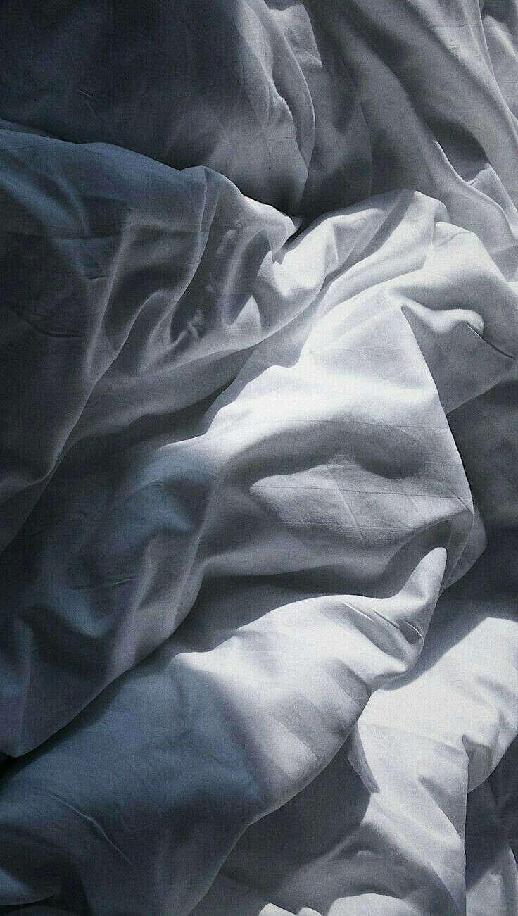 Комплект белого постельного белья