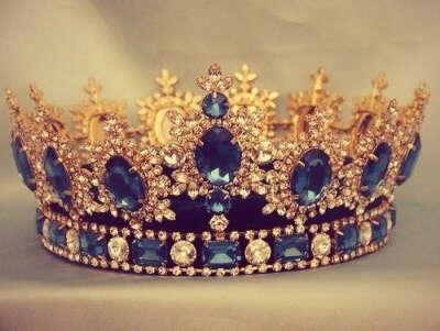Корона или диадема