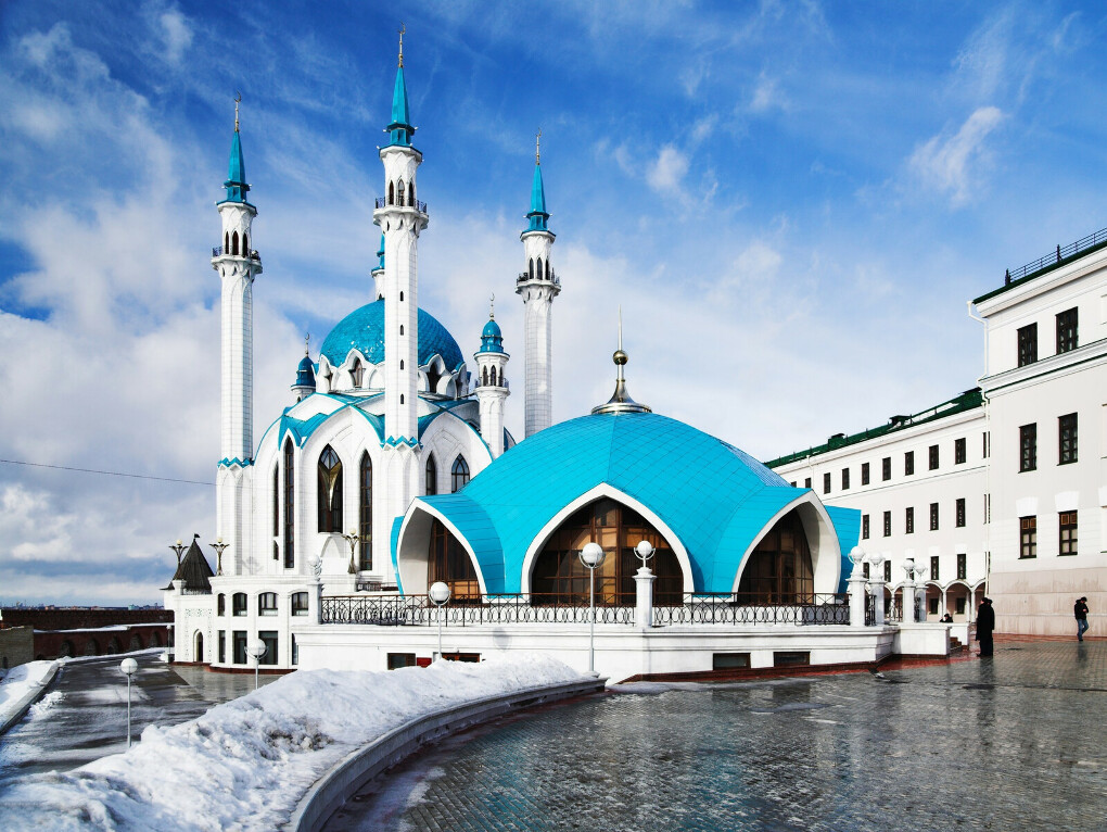 Посетить Казань