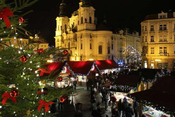 Поехать в Прагу в конце декабря