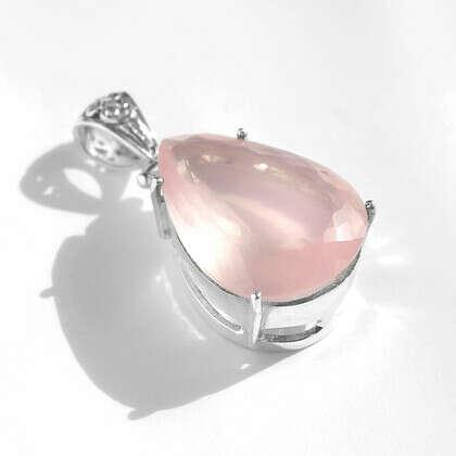 Кулон 'Rose' с розовым кварцем серебряный