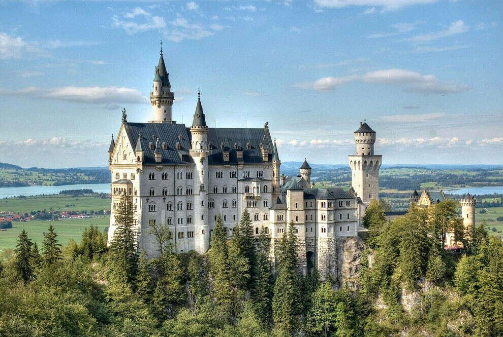 Побывать в замке Neuschwanstein