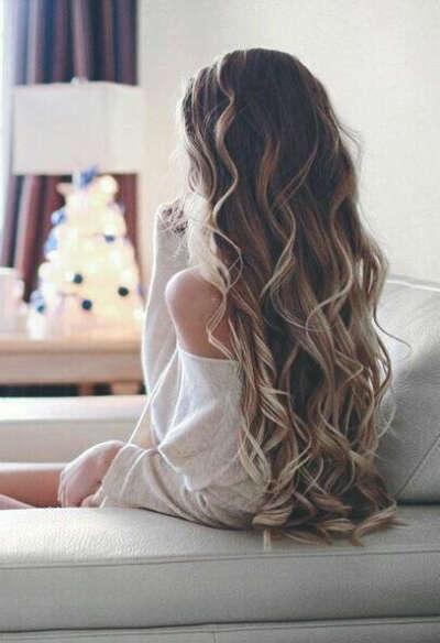 Длинные, ухоженные волосы