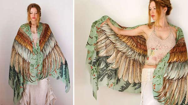 Шарф с иллюстрацией крыльев