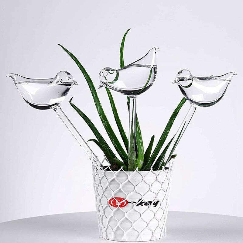 Птички для полива растений