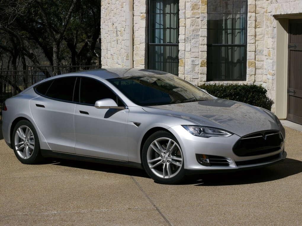 Автомобиль Тесла Model S P85 kWh Silver (Код 403)
