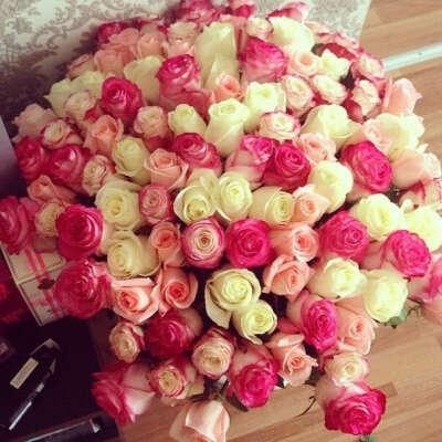 Огромный букет цветов