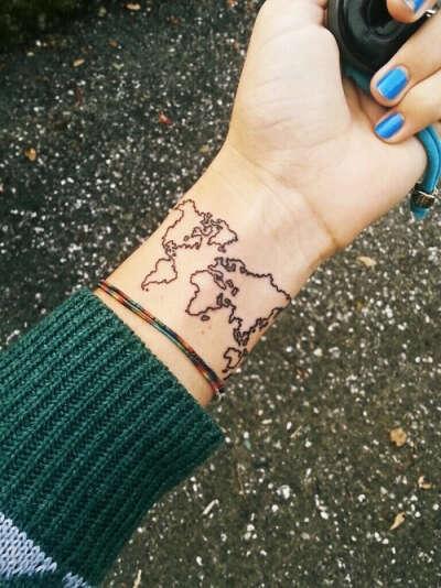 набить первую татуировку  с: