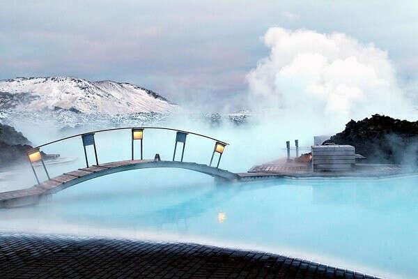 Увидеть Голубая лагуна, Исландия