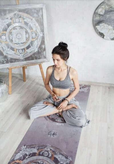 Коврик для йоги Oriental Wind Limited Edition ID из микрофибры и каучука